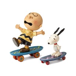 Skateboarding Buddies - Snoopy & Charlie Brown