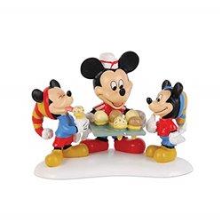 Serving  Ice Cream - Mickey