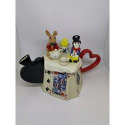 Teapot Alice
